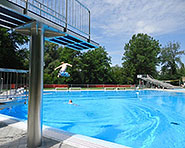 Piscina all'aperto Flaach