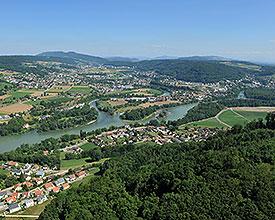 KL_001_08_Brugg_Full_Reuenthal_Wasserschloss_Vogelperspektive