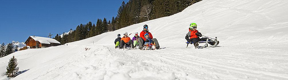 Schlittelbahn mpchliElm Schlitteln